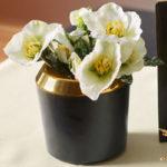 Virágtartók és virágdíszek