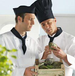 Szakácssapkák és fejkendők