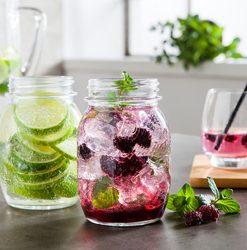 Limonádés poharak, üvegpalackok