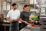 női szakácskabát, férfi szakácskabát, rövid ujjú szakácskabát, hosszú ujjú szakácskabát, női rövid ujjú szakácskabát, férfi rövid ujjú szakácskabát, női hosszú ujjú szakácskabát, férfi hosszú ujjú szakácskabát, patentos kapcsolású szakácskabát, rejtett patentos kapcsolású szakácskabát, szakács munkaruha, szakács munkaruházat, konyha munkaruha, konyha munkaruházat, funkciós szakácskabát, funkciós szakács munkaruha, funkciós szakács munkaruházat, modern szakácskabát