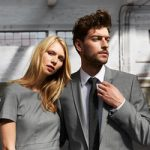 Üzleti öltönyök és kosztümök
